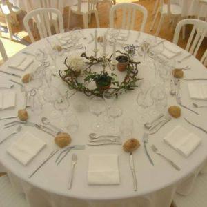 Location table ronde 6 personnes - Réf : 10001