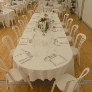 Location table ovale 12 personnes - Réf : 10010